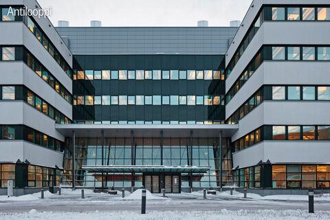 Toimitilat Espoo   Karaportti 5   sisäänkäynti