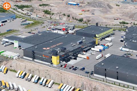 Toimitilat Vantaa   Grand Cargo Terminal, Tahkotie 1   ilmakuva