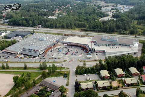 Toimitilat Espoo   Kauppakeskus Liila   Martinsillantie 10   ilmakuva
